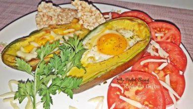 Photo of Ou copt în avocado, un mic dejun sănătos