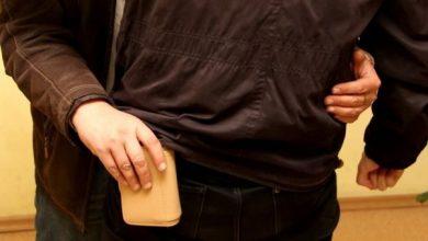 """Photo of """"Metoda îmbrățișării""""  – Tot mai des aplicată de către hoți"""
