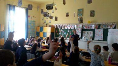 """Photo of Proiectul național ,,Şcoala  Siguranţei TEDI"""", destinat elevilor de vârstă școlară mică demarat de polițiști la Colegiul Naţional Pedagogic """"Regina Maria"""" – Deva"""
