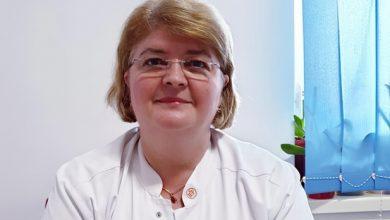 Photo of Dr. Carollina Radu, medic infecționist aflat în prima linie în lupta cu COVID-19, despre redeschiderea școlilor: Categoric NU. Ar fi irațional / Această boală poate afecta într-un mod absolut dramatic