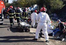 Photo of Accident grav pe autostrada A1. Un microbuz s-a răsturnat. 15 persoane sunt rănite, iar una a murit