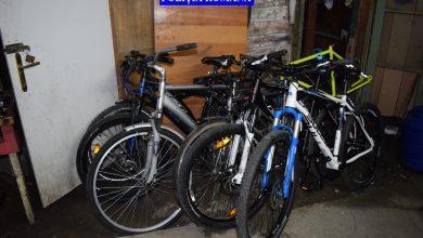 Photo of Patru bărbați au fost reținuți de polițiști după ce au furat 16 biciclete si alte piese de schimb