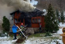 Photo of Atenţie, în această perioadă, la coşurile de fum! Un incendiu puternic la o casă de vacanţă din Sibişel a pornit din zona de evacuare a fumului